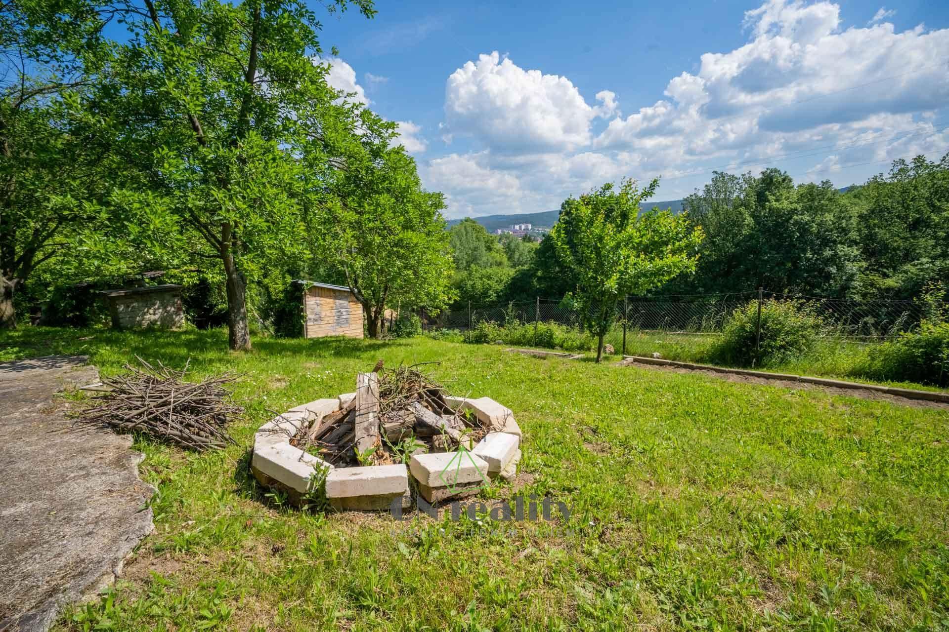 Prodej pozemku s možností stavby rekreačního objektu u Blanska
